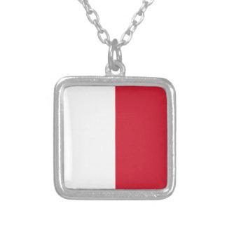 Niedrige Kosten! Malta-Flagge Versilberte Kette