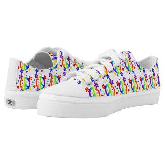 Niedrige Spitzenschuhe/Regenbogen-Friedenszeichen Niedrig-geschnittene Sneaker