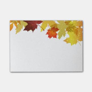 Notes de courrier d'automne notes post-it