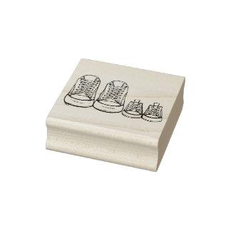 Nouveau timbre de chaussures de bébé de grands