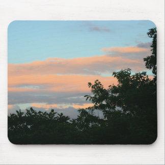 nuages roses tapis de souris