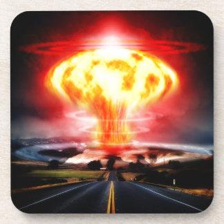 Nukleare Explosionspilzwolkenillustration Getränkeuntersetzer