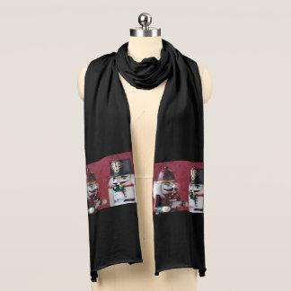 Nussknacker mit Verzierungen Schal