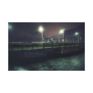 NYC - In der Dunkelheit Leinwanddruck