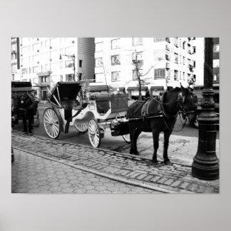 NYC Pferd und Wagen-Schwarz-weißes Foto-Plakat Poster