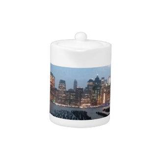 NYC Skyline auf Teekanne