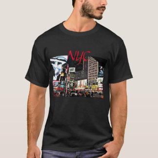 NYC Stadt-Lichter und Zeichen und Nachtleben T-Shirt