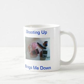 Oben schießen holt mich hinunter Diabetes-Bisse Tasse
