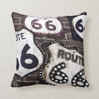 Obtenez vos timbres sur l'itinéraire 66 ! oreillers