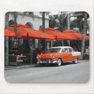 Oldtimer am Ozean-Antriebs-Miami Beach Mousepads