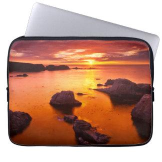 Orange Meerblick, Sonnenuntergang, Kalifornien Laptop Sleeve