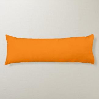 Orange Seitenschläferkissen
