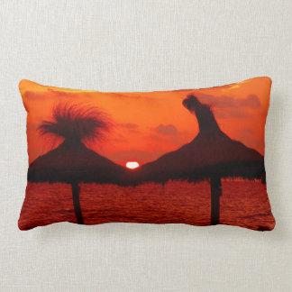 Orange Sonnenuntergang in dem Meer - Wurfs-Kissen Kissen