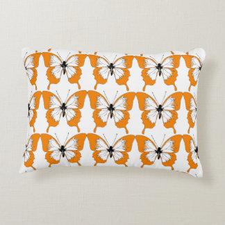 Orange u. weißes Schmetterlingskissen Deko Kissen
