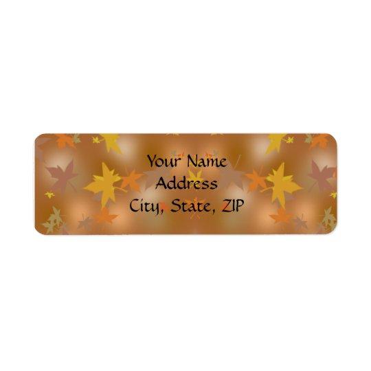 Orange und gelber Herbstlaub auf Taupe Kleiner Adressaufkleber