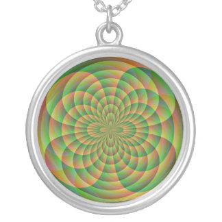 Orange und grünes Kaleidoskop Versilberte Kette