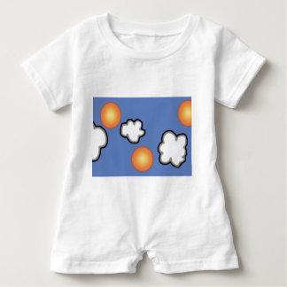 Orangen im Wolken-Baby-Spielanzug Baby Strampler