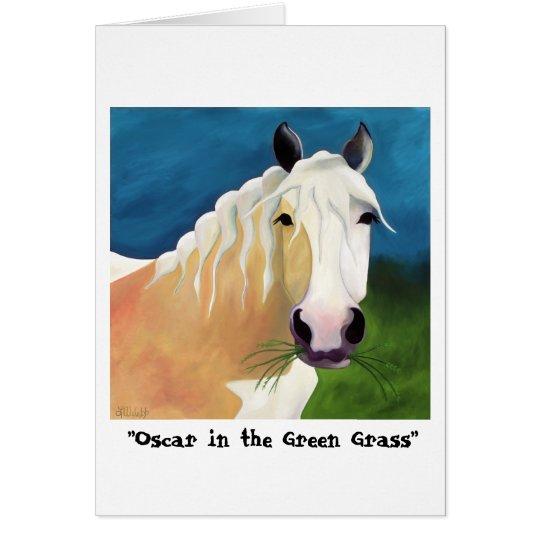 Oscar in der Grußkarte des grünen Grases