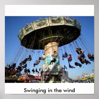 Oscillation dans le vent poster