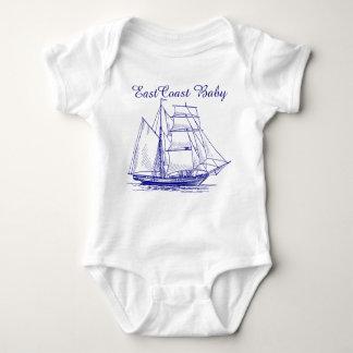 Ostküsten-Baby-Segelboot-Schiff Schooner nautisch Baby Strampler