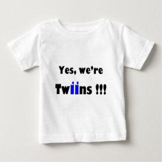 oui nous sommes des jumeaux bleu-bleus tee-shirts
