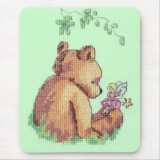 Ours et fée de bébé dans la forêt ! tapis de souris