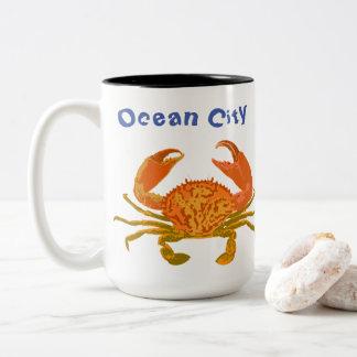 Ozean-Stadt, Maryland, Pop-Krabbe Zweifarbige Tasse