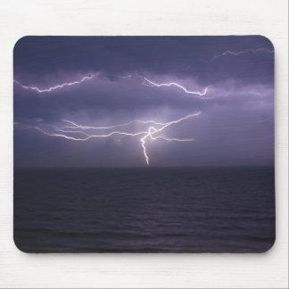 Ozean-Sturm Mousepads