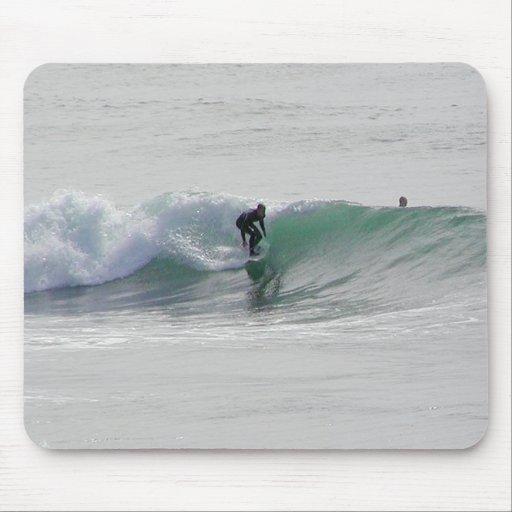 Ozean-Wellen, die Surfer surfen Mousepads