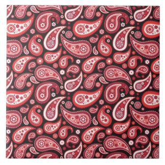 Paisley-karminrotes rotes und schwarzes Muster Große Quadratische Fliese