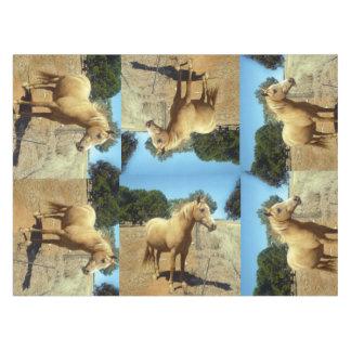 Palomino-Pferdeschönheit, Tischdecke