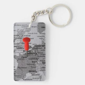 Paris sur la carte porte-clé rectangulaire en acrylique double face