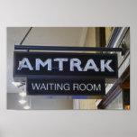 Passagier-Zug wartete Raum Poster