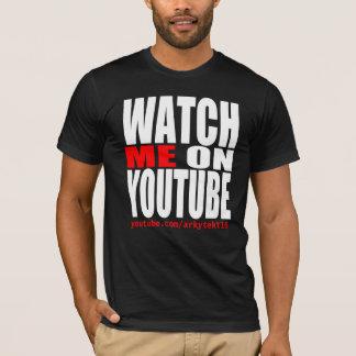 Passen Sie mich auf YouTube auf (modern) T-Shirt