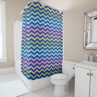 Pastellregenbogen-Zickzack blauer Hintergrund Duschvorhang