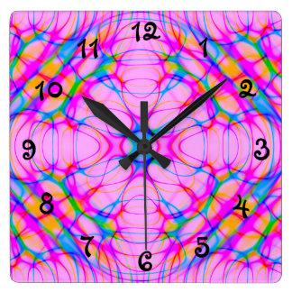 Pastellrosa-Kaleidoskop-Muster abstrakt Quadratische Wanduhr