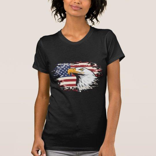 PATRIOTISCHE AMERIKANISCHE FLAGGE UND T-Shirt
