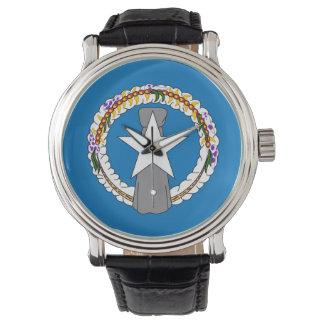 Patriotische Uhr mit Flagge von NordMariana
