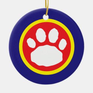 Patriotischer roter, gelber und blauer rundes keramik ornament