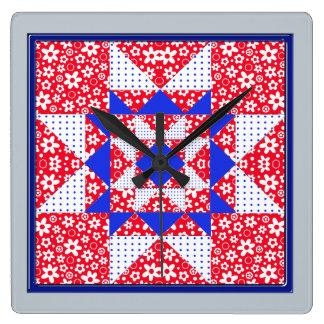 Patriotischer Stern-Flecken-Steppdecken-Block Quadratische Wanduhr