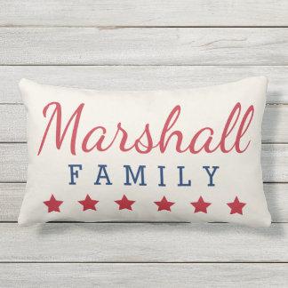 Patriotisches Familien-Monogramm mit Sternen Kissen