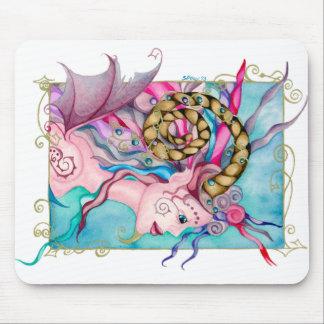 Peinture féerique à cornes d'imaginaire du faune d tapis de souris