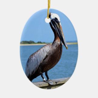 Pelikan bei Southport Ovales Keramik Ornament