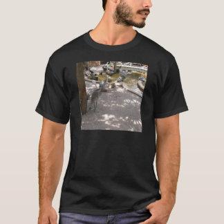 Pelikane #4 T-Shirt
