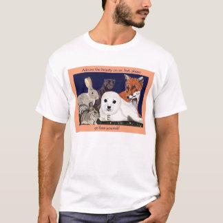 Pelz ist für Wunder, nicht Abnutzung EDUN leben T-Shirt