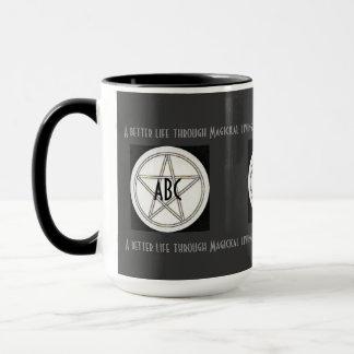 Pentagramm-Schwarz-weiße und graue Initialen Tasse