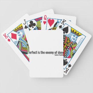 """""""Perfekt ist der Feind von getan."""" ~James Hawkins Bicycle Spielkarten"""