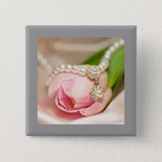 Perlen und Tulpe-Knopf Quadratischer Button 5,1 Cm