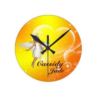 Personalisierte Engels-Wand-Uhr - gelbe Herzen Runde Wanduhr
