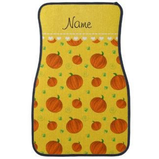 Personalisierte gelb-orangee Namenskürbise Autofußmatte